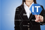 东莞北大青鸟告诉你:转行IT行业,女生学编程有前途吗?